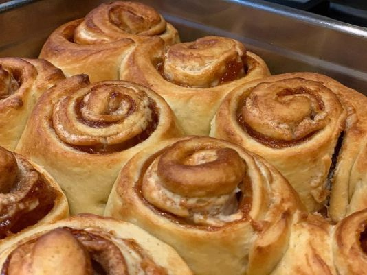 11 best miami desserts for delivery, cinnamon buns miami, miamicurated