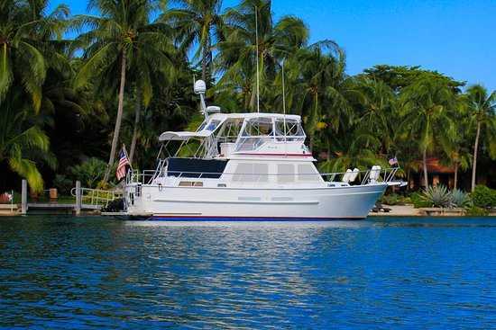 boat rental Miami, MiamiCurated