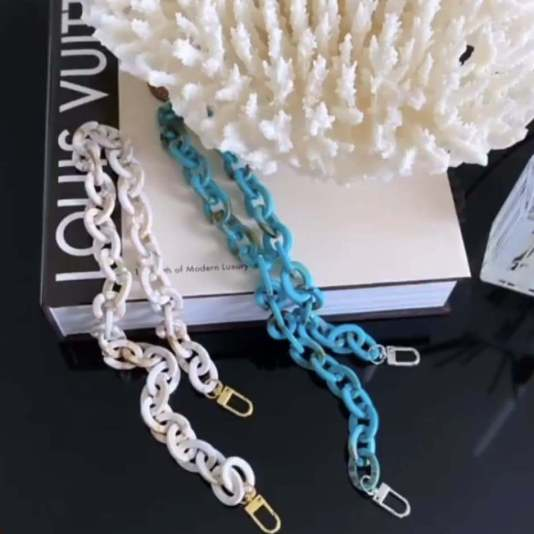face mask chain jewelry, miamicurated