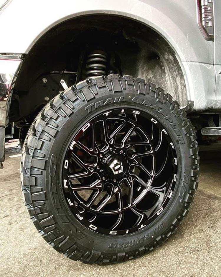 Custom Wheels and Tires Miami