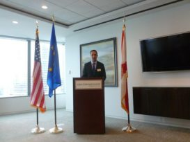 Glenn Cooper, Shareholder, Gray Robinson, Attorneys at Law, welcoming the audience – Jan. 19, 2016