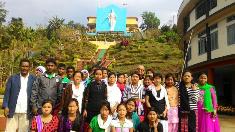 MC Inmates Pilgrimage to Miao