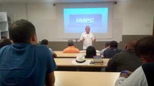 En clase presencial en convenio con la Universidad CUES, Barranquilla