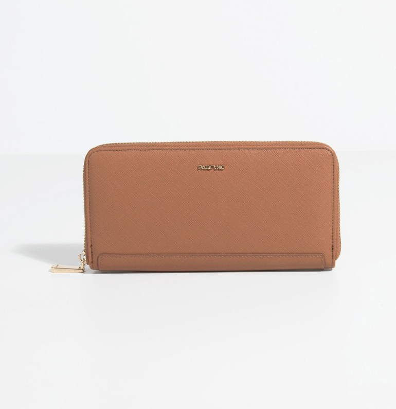 b95b06a93d5 As I told you above I really like big wallets but not too big so they can  fit easily in a small bag but also hold my phone inside if I need ...