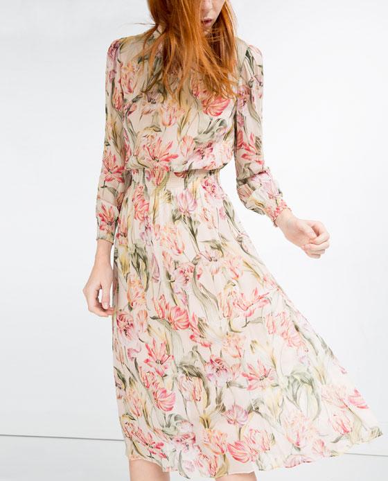 Blommig klänning från Zara