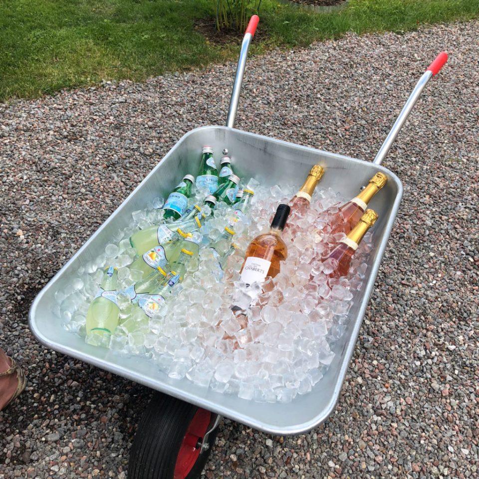 skottkärra med dricka