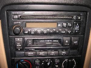 19992000 OEM Mazda Miata BOSE AMFMCD Player Radio
