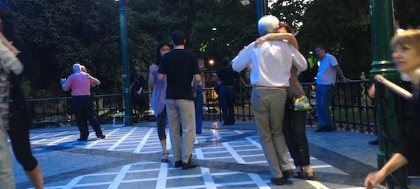 Tango em Buenos Aires - Tango argentino - Milonga - Glorieta Barrancas de Belgrano