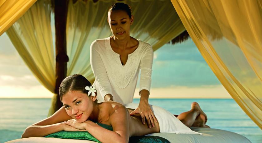 Masaje frente al Mar Hotel Secrets The Vine Cancun