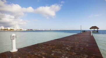 Muelle The Villas at The Royal Cancun, All Suites Resort