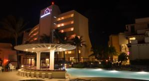 una noche en Grand Park Royal Cancun Caribe