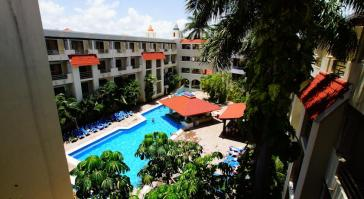 Piscina Hotel Adhara Hacienda Cancun