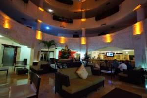 estancia hotel Adhara Hacienda Cancun