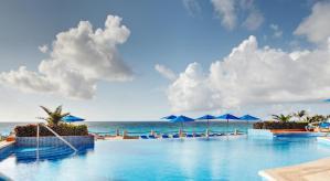 piscina Hotel Barcelo Tucancun Beach - Todo Incluído