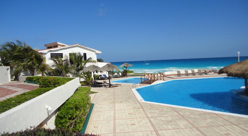 Hotel Beachfront Villa Cancún