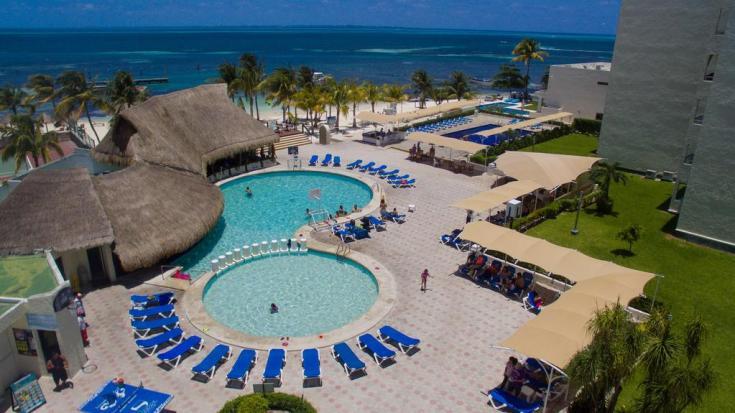 aquamarina beach resorts day pass