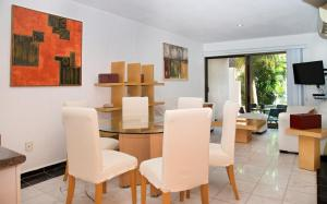 Azucena luxury villa hotel zone