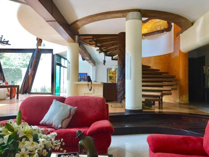Casa de la selva Cancun bean and brackets