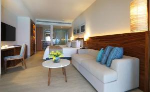 habitacion Emporio Cancun hotel 4 estrellas