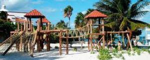 playa las perslas cancun mexico