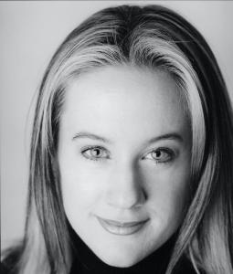 Headshot - Marianne Cloutier, mezzo-soprano