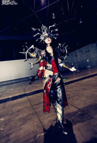 diablo_3_wizard_cosplay_by_sakuraflamme-d5x5tv7