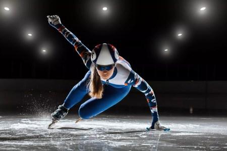 Short,Track.,Athlete,On,Ice,Preparing,To,Start