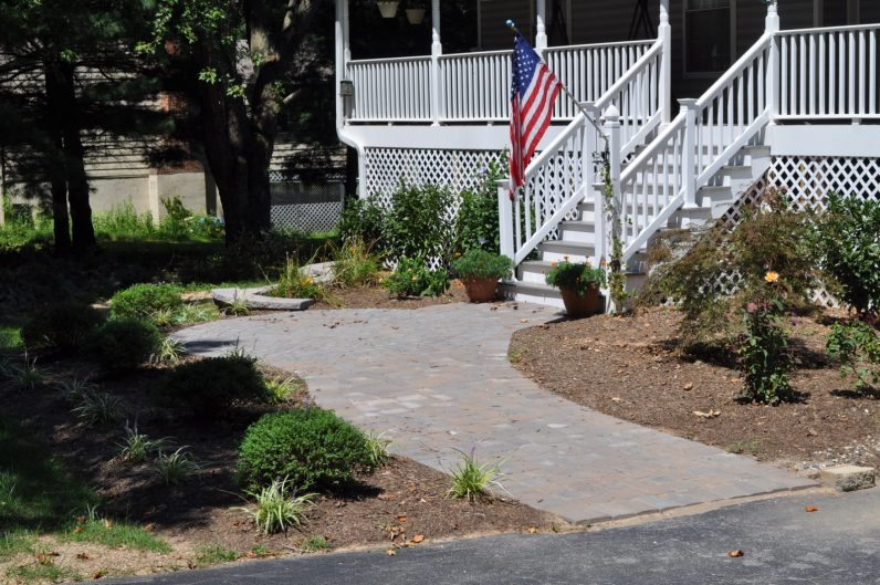 3 Factors to Consider Before Skirting Your Deck