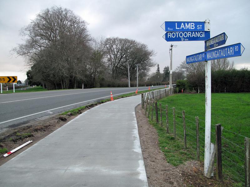 Cambridge NZ to Lake Karapiro cycleway-walkway (1/2)