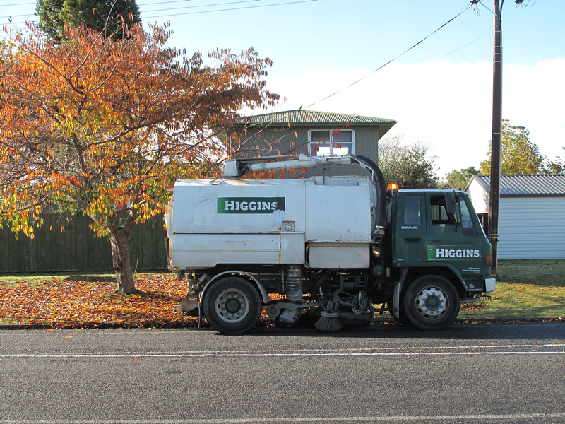 Leamington NZ leaf vacuum