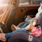 olvidar niños en el automóvil
