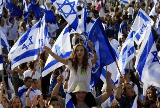 """""""כאשר ישראל הם 'כאיש אחד בלב אחד', הם כחומה בצורה בפני כוחות הרע"""", רבי קלונימוס. (צילום: קבלה לעם)"""