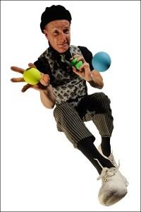 Three-Balls-600x400-bordered