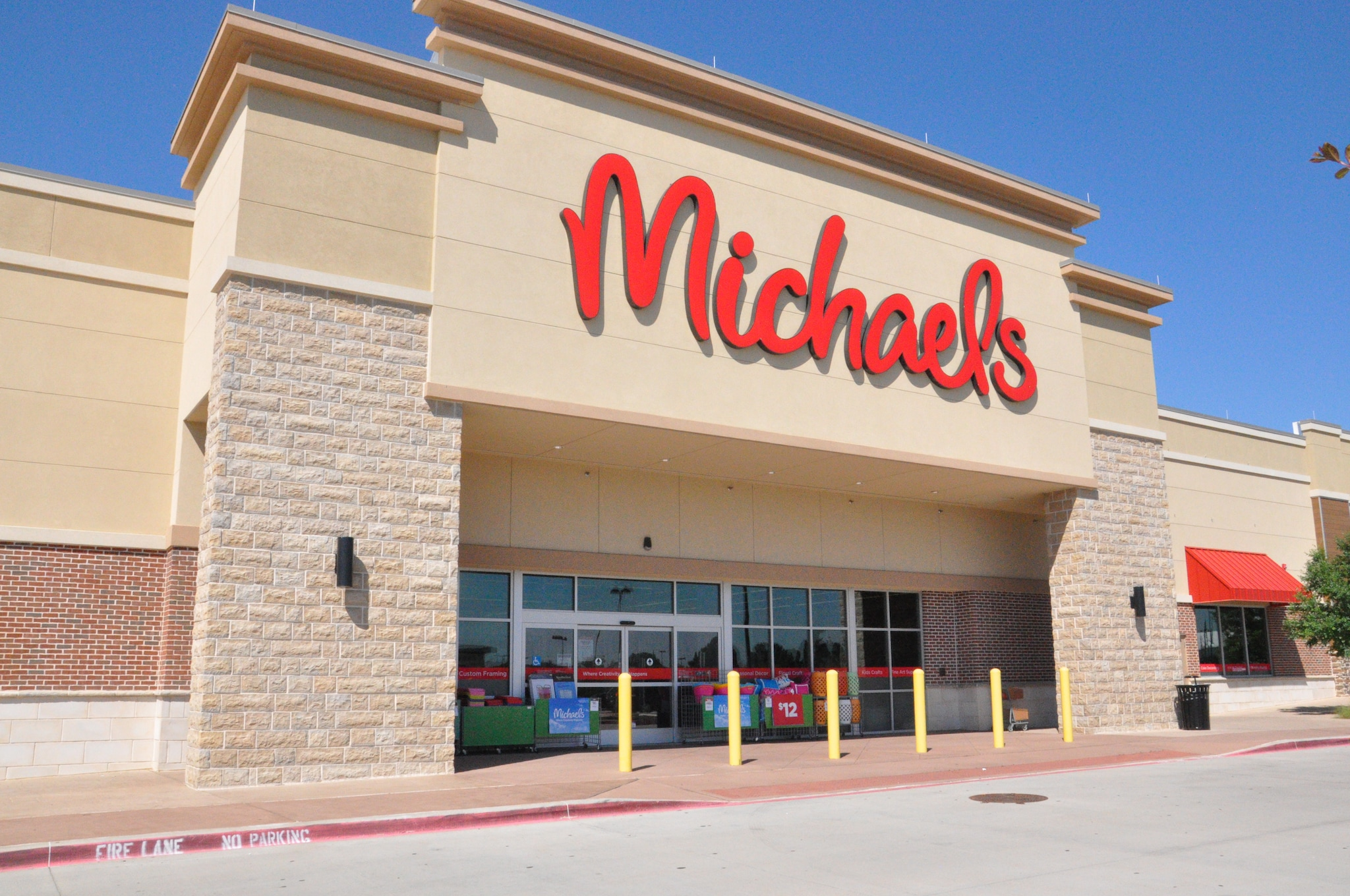 michaels arts and crafts store 1620