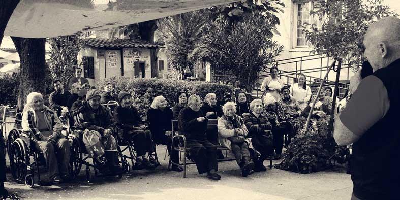michael-woroniecki-in-home-for-the-elderly