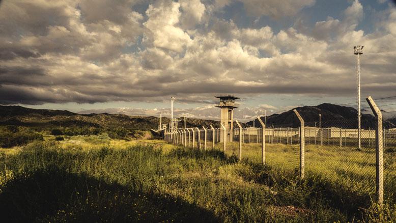 prison-woroniecki-visit
