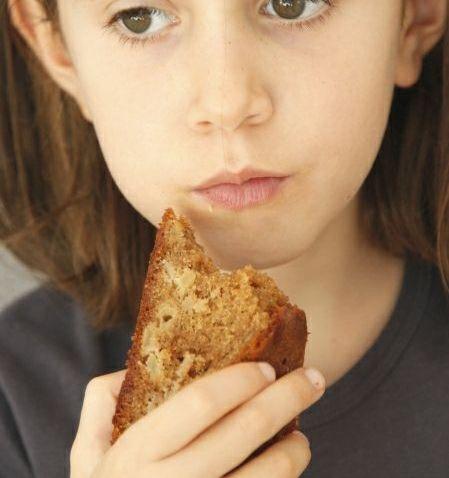 המתיקות שאחרי / עוגת תפוח בדבש מקמח מלא