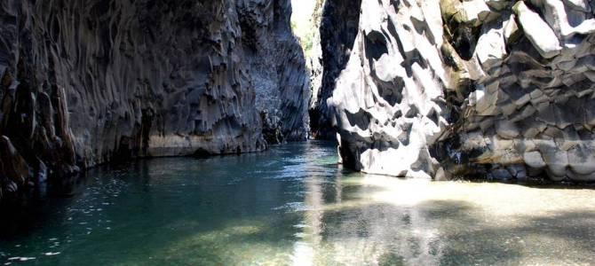 Gole dell'Alcantara: natura spettacolare in Sicilia