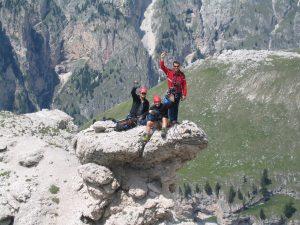 Itaty climbing TV show