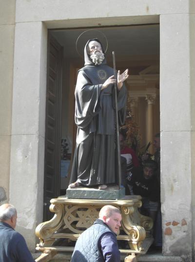 Statua di S. Francesco di Paola conservato nella chiesa del Carmine - Galatro -