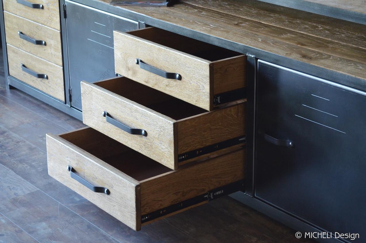enfilade industrielle en bois et metal