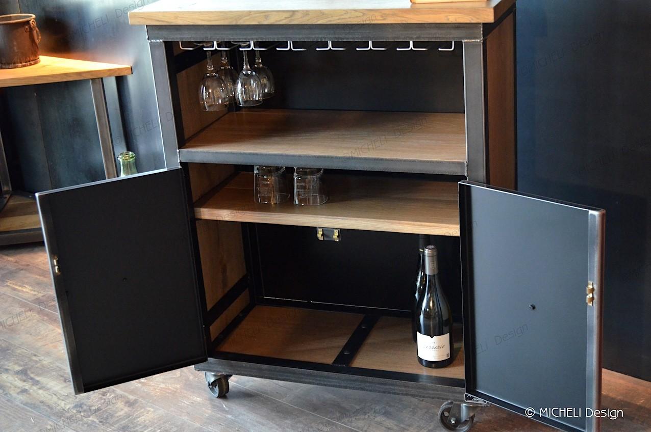 meuble de bar industriel a roulettes et