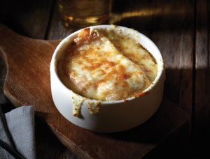 French_onion_soup_579x441