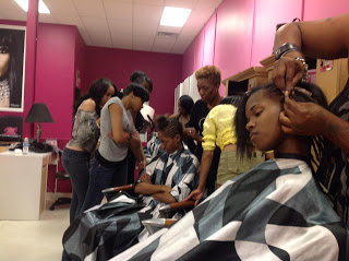 Flawless Celebrity Weave Seminar with Shereese Slate at the Highland Park Weave Shop