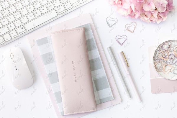 Pastel desktop styled stock photo - Michelle Buchanan Photography and Design - MBPD Stock Shop