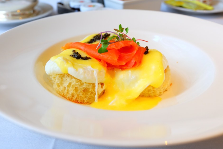 poached egg ala russe