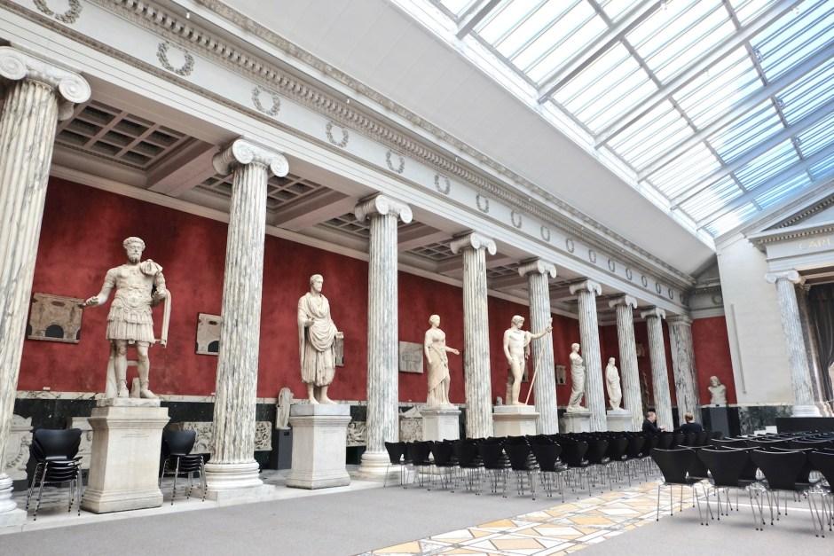 Central Hall Glyptoteket