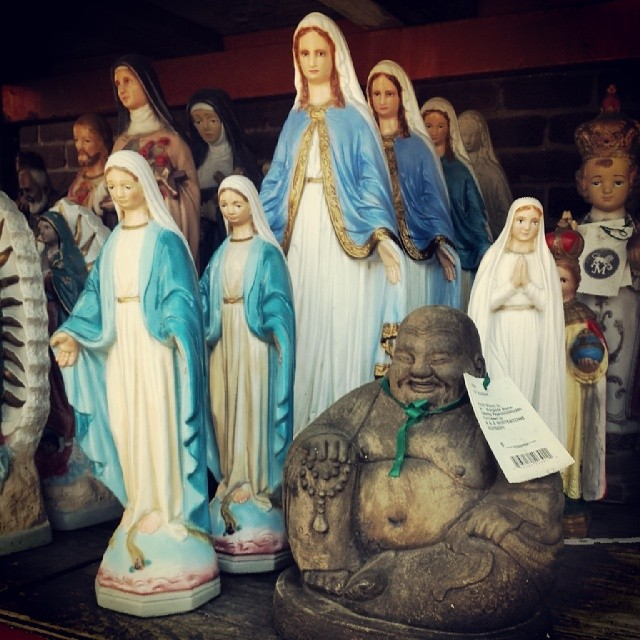 Hail Mary...& Buddha #garden #queens #statues #decoration #decorativearts #catholic #buddhist