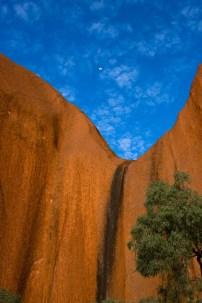 11-Landscapes-Uluru01-0372-2