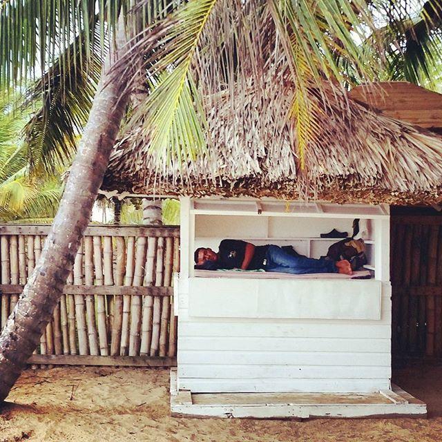 Sleeping on the job #puntacana #naptime #thelife #beach #domincanrepublic